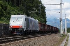 Lokomotion 186.444 mit Güterzug in Kufstein