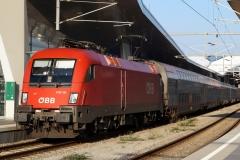 """1116.131 """"Klaus"""" mit EN 467/236 in Wien Hbf"""