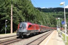 1116 241 mit railjet537 in Breitenstein (5817mdo)