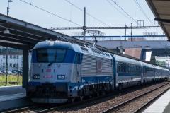 """ČD 380.003 mit EC 130 """"Varsovia"""" in Ostrava hl.n"""