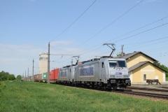 MT 386 027 und 386 017 mit TEC41501 in Gaisbach-Wartberg (7325)