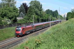 1116 216 mit railjet646 in Leonding (7415mdo)