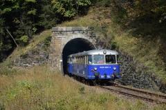 EBB 5081 565 und 5081 563 als Zug 11000 am Portal des Plattentunnels (8571)