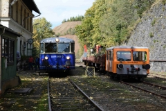 EBB 5081 565 und 5081 563 als Zug 11000 neben X626 185 am Erzberg (8581)