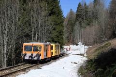 EBB X626 185 und X626 126 mit Arbeitszug im Bereich Glaslbremse (7188)