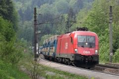1116.053 mit Güterzug in Eugendorf