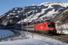 1016 026 mit EC113 in Dorfgastein (190260b_md)