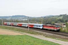 1142 624 mit R5919 bei Krenglach (190349b_md)
