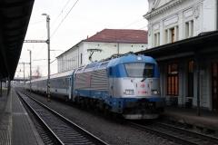"""ČD 380.012 mit EC 130 """"Báthory"""" in Bohumín"""