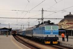 """ČD 362.084 mit R 710 """"Vltava"""" in České Budějovice"""