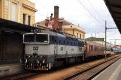 ČD 754.051 mit R 1254 in České Budějovice
